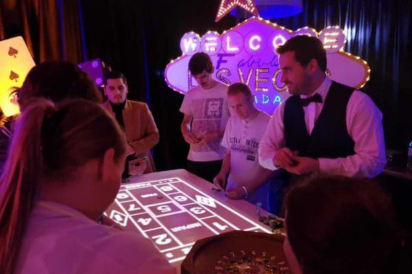 soiree-casino-lumineux-pour-seminaire-entreprise-region-parisienne