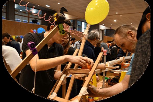 team_building_creatif_et_collaboratif_paris_arrondi